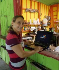 Saskia, manager pulparia, Punta Uva, Costa Rica